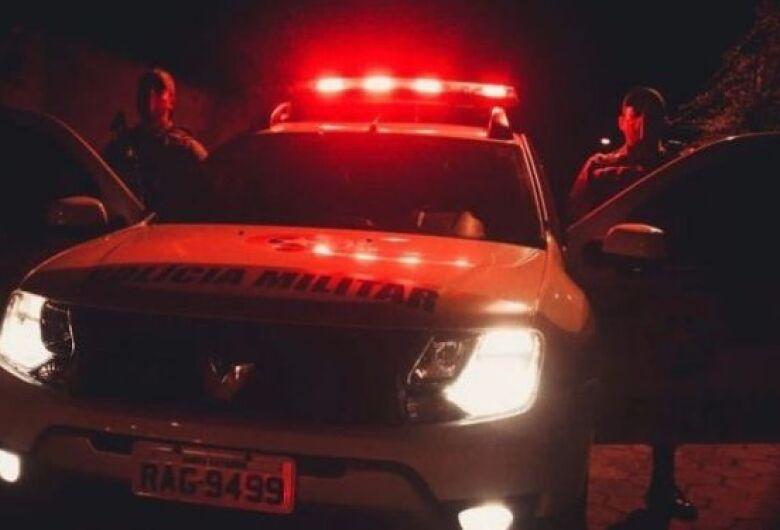 Homem é preso por tráfico durante ocorrência de violência doméstica em Jaraguá