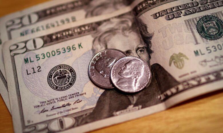 Dólar fecha com pequena queda, vendido a R$ 5,31 - Crédito: Mike Segar / Reuters