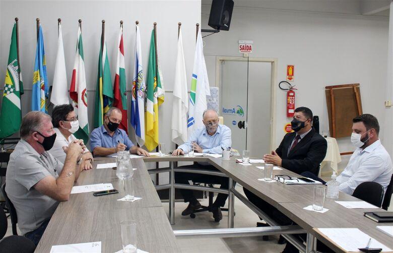 Clésio Fortunato assume presidência da Amvali - Crédito: Divulgação Amvali