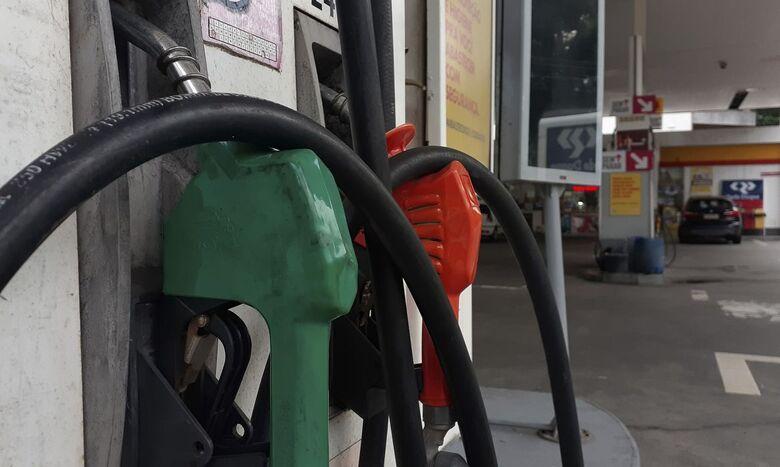 Litro da gasolina sobe R$ 0,15 nas refinarias da Petrobras - Crédito: Fernando Frazão/Agência Brasil