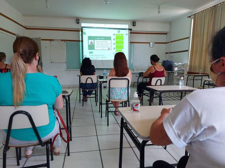 Educação de Jaraguá divulga orientações sobre volta às aulas - Crédito: Divulgação PMJS
