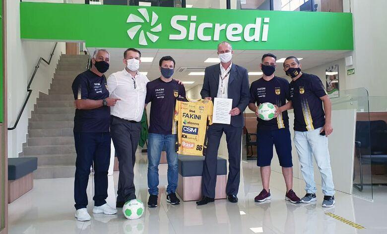 Sicredi e Jaraguá Futsal renovam parceria para 2021 - Crédito: Divulgação Sicred