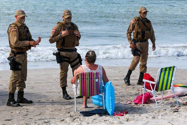 Forças de segurança fiscalizam cumprimento de novo decreto do Governo do Estado - Crédito:  Mauricio Vieira/ Secom