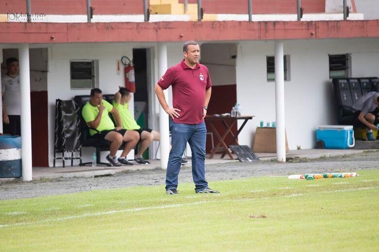 Rau Cabral não é mais técnico do Juventus - Crédito: Arquivo / Divulgação GEJ