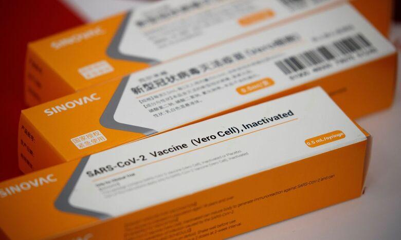 Butantan entrega mais 2 milhões de doses da vacina contra a covid-19 - Crédito: Thomas Peter / Reuters