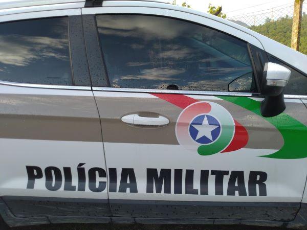 Carro é furtado em Jaraguá do Sul - Crédito: Divulgação / PM