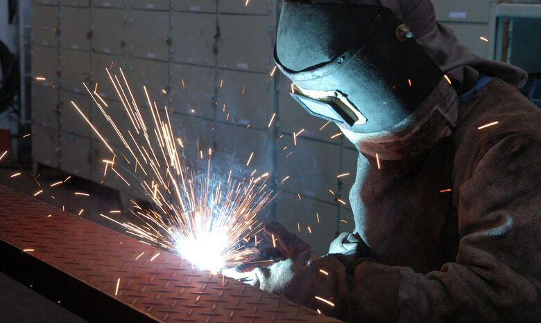 Mais de 70% das indústrias têm dificuldades em conseguir matéria-prima - Crédito: Miguel Ângelo / CNI
