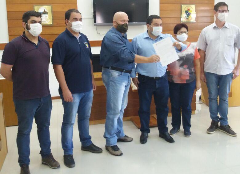 Deputado visita Corupá e recebe reivindicação de Raio X para PA 24h - Crédito: Divulgação