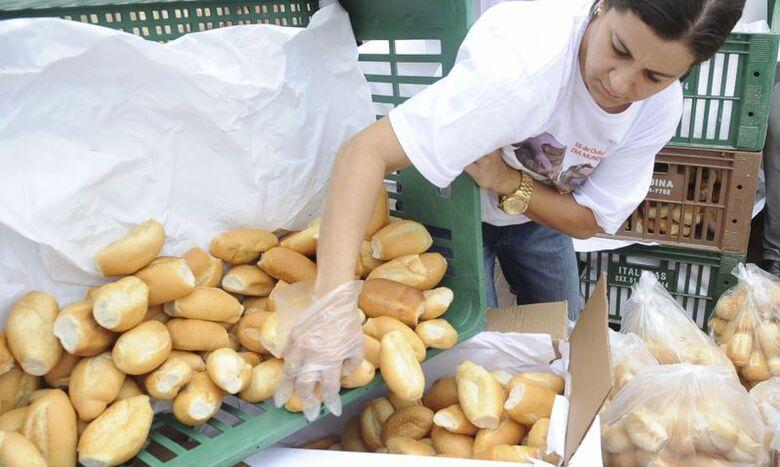Preço do pão francês deverá ser fixado próximo ao balcão de venda - Crédito: Divulgação / Agência Brasil