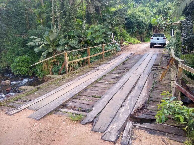Vereador solicita conserto de ponte para evitar acidentes no interior de Corupá - Crédito: Divulgação