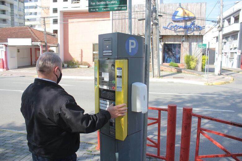 Justiça suspende pagamento de tarifa de pós-utilização no rotativo - Crédito: Divulgação