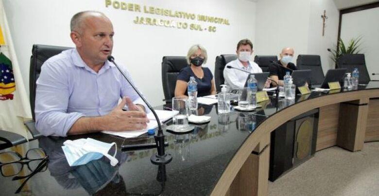 Audiência pública vai debater tratamentos e protocolos médicos contra Covid-19 em Jaraguá  - Crédito: Arquivo / Divulgação