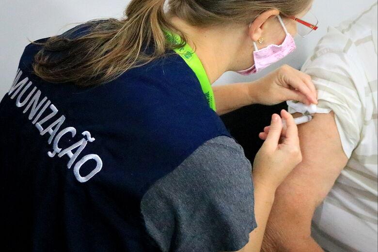 Mais de 900 pessoas foram vacinadas contra covid-19 no final de semana em Jaraguá  - Crédito: Arquivo / Divulgação