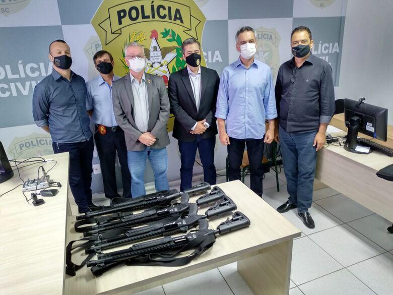 Civil de Jaraguá ganha novas armas  - Crédito: Divulgação