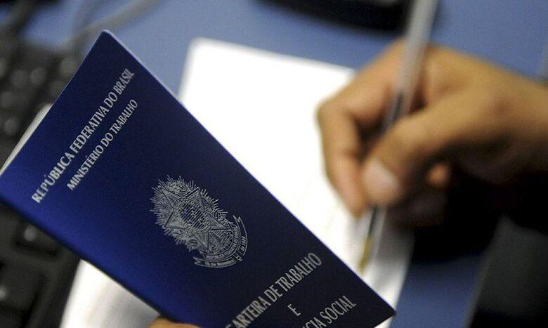 Programa de redução de salário preserva 1,5 milhão de empregos - Crédito: Agência Brasil