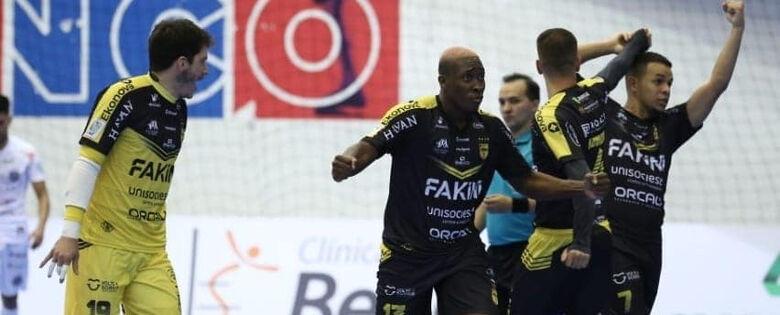 Jaraguá encara o Pato pela Copa do Brasil de Futsal  - Crédito: Maurício Mateus Moreira