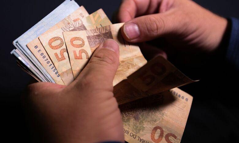 Pagamento do abono anual para segurados da Previdência é antecipado - Crédito: Marcello Casal Jr./Agência Brasil