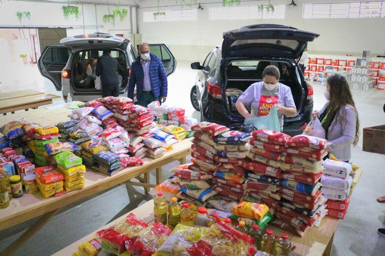 Secretaria de Assistência Social faz 5ª entrega de alimentos em Jaraguá  - Crédito: Divulgação