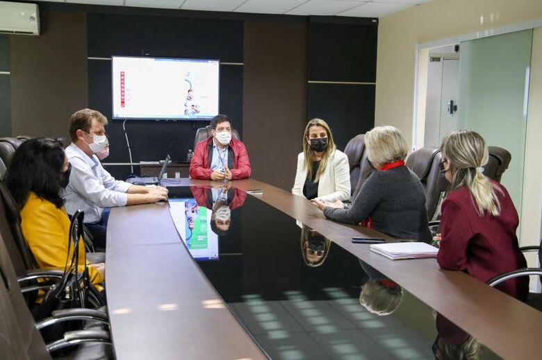 Vereadores de Jaraguá conhecemProcuradoria da Mulher em Balneário Camboriú - Crédito: Divulgação