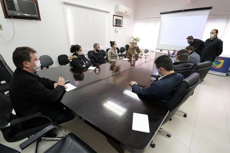 Reunião marca início de implantação do Sistema Legislativo Digital em Jaraguá  - Crédito: Divulgação