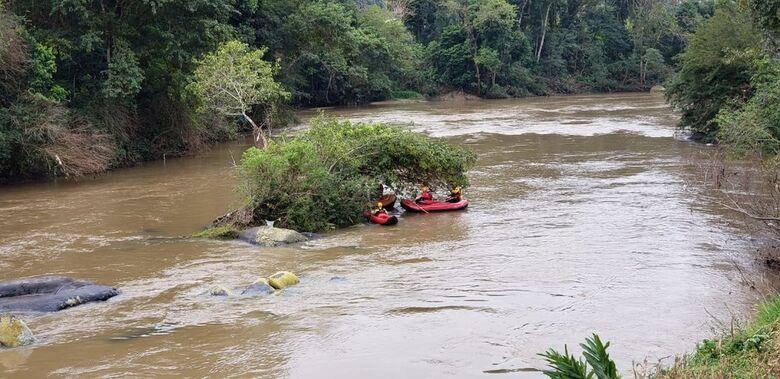 Homem desaparece em rio após tentar resgatar pato de estimação em SC  - Crédito: Divulgação/Redes Sociais