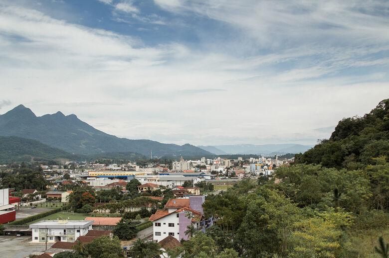 Guaramirim inicia pesquisa sobre o turismo do município - Crédito: Divulgação