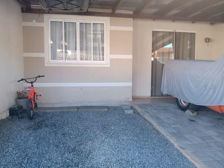 Residência que Evylin morava  - Crédito: Gabriel Junior/Jaraguá FM