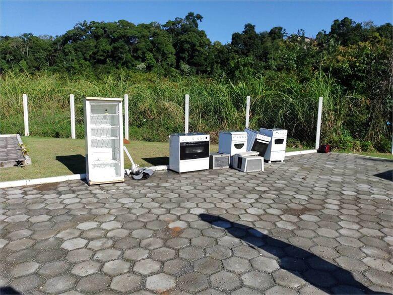 Vereadora sugere doação de móveis entregues no PEV a famílias carentes - Crédito: Divulgação