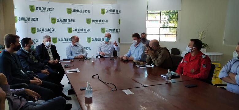 Entidades discutem ações para diminuir índices de acidentes de trânsito em Jaraguá  - Crédito: Divulgação