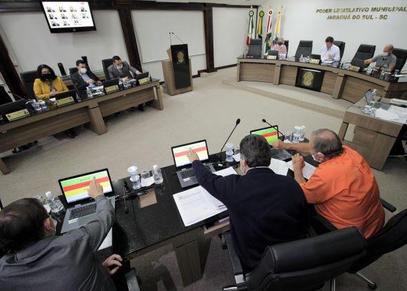 Sessões da Câmara de Jaraguá têm horário alterado e ocorrem pela manhã  - Crédito: Divulgação
