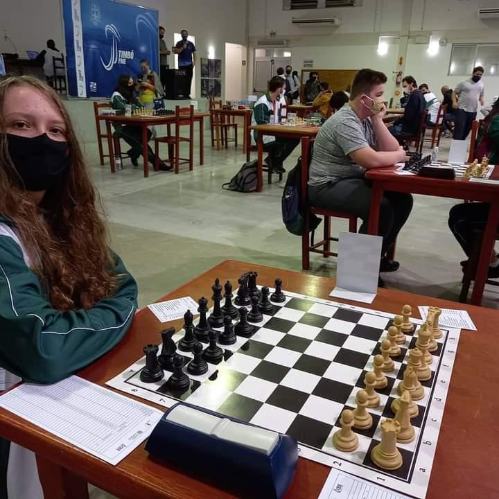 Delegação de xadrez conquista medalhas e troféus em Timbó - Crédito: Divulgação