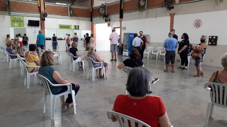 Vacinação contra covid será normal domingo (25) em Jaraguá do Sul  - Crédito: Arquivo / Divulgação