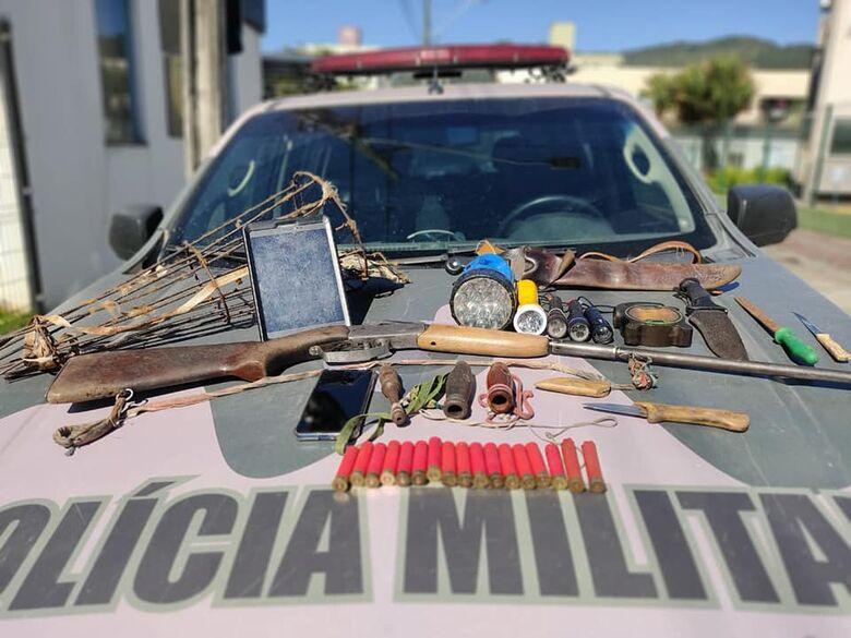 Polícia ambiental é recebida a tiros em rancho de caçadores em Schroeder  -