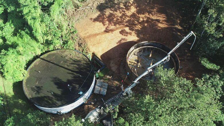 Novo reservatório de água do bairro Nova Esperança começa a ser concretado - Crédito: Divulgação