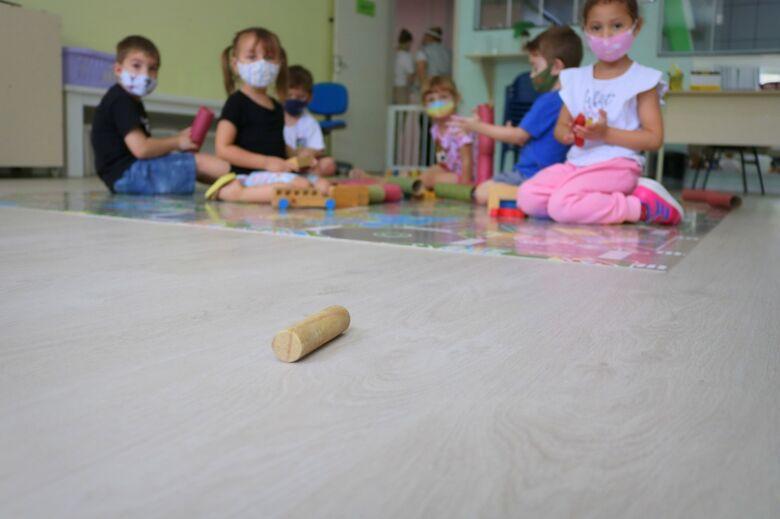 Cerca de 500 crianças serão chamadas para vagas em creches municipais de Jaraguá   - Crédito: Arquivo / Divulgação