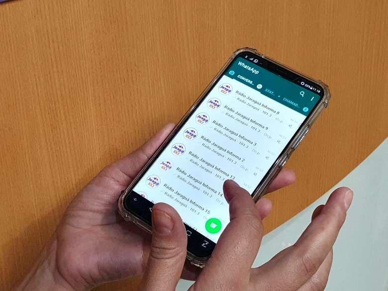 Criminosos usam grupos de WhatsApp da Rádio Jaraguá para aplicar golpe - Crédito: Arquivo