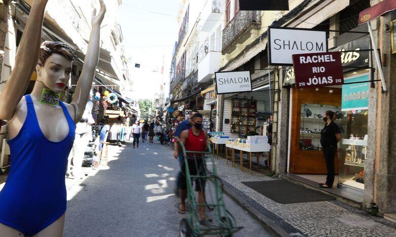 Pequenos negócios respondem por 72% dos empregos gerados no país - Crédito: Tânia Rêgo  / Agência Brasil
