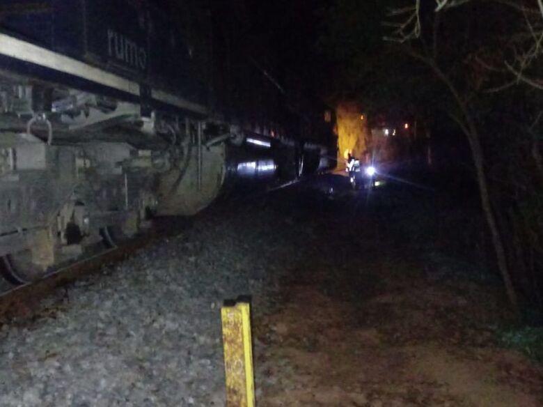 Homem tem pernas amputadas após ser atropelado por trem em Mafra - Crédito: Divulgação Bombeiro Militar