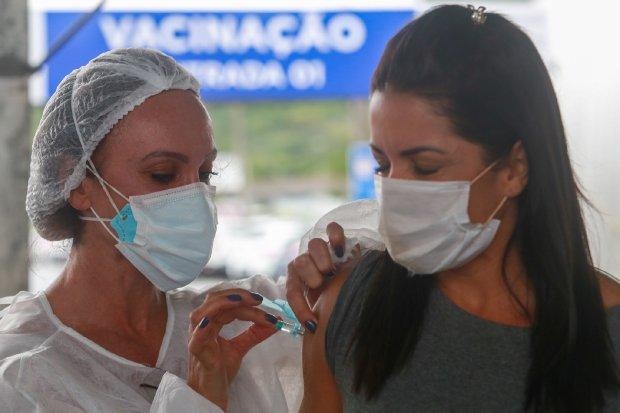 Covid-19: Um em cada quatro catarinenses já completou o esquema vacinal em SC - Crédito: Julio Cavalheiro / Secom