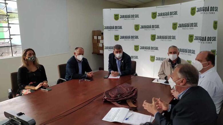 Equipe do MEC avalia estruturas de saúde em Jaraguá do Sul - Crédito: Divulgação