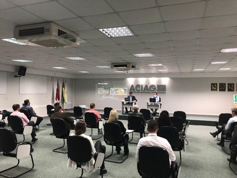 Plenária da ACIAG debate cenário econômico, mercado e perspectivas - Crédito: Divulgação