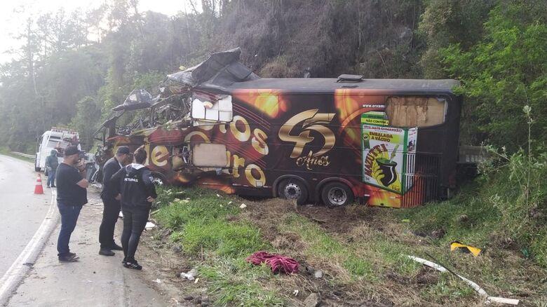 Vocalista da banda Garotos de Ouro morre em acidente na BR 282 - Crédito: Divulgação