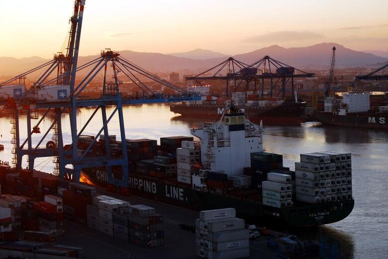 Exportações de Santa Catarina crescem 16,9% em agosto -