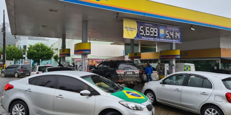 Guaramirim tem movimentação intensa nos postos de combustível - Crédito: Luís Delai