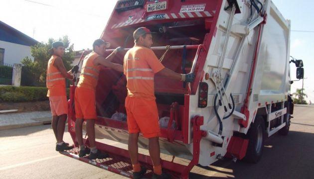Coleta de lixo é suspensa em Schroeder - Crédito: Arquivo / Divulgação