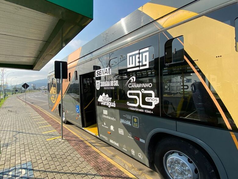 Prosseguem os passeios com o ônibus elétrico em Jaraguá do Sul - Crédito: Arquivo / Divulgação