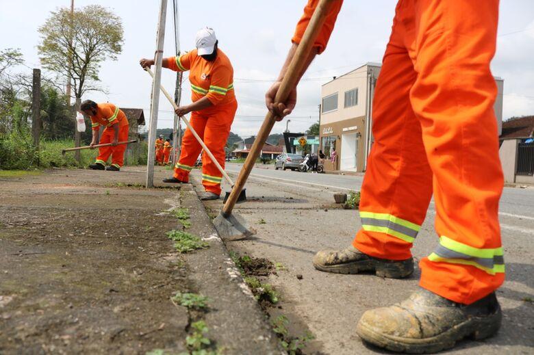 Jaraguá já conta com nova prestadora de limpeza urbana - Crédito: Divulgação