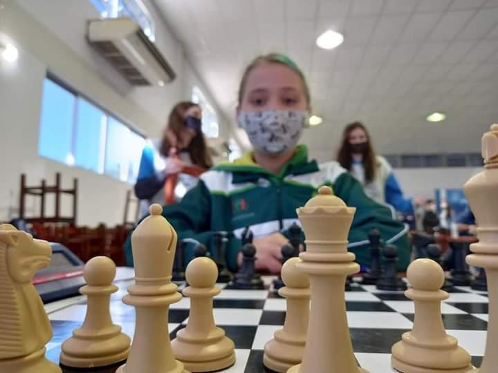 Delegação de xadrez de Jaraguá é destaque do Circuito dos Reis -