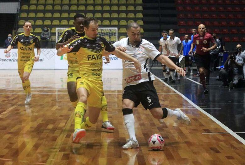 Jaraguá Futsal perde do Corinthians e se despede da LNF - Crédito: Augusto Godoy/Agência Corinthians