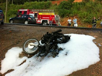 Motociclista se recupera após acidente na BR 280